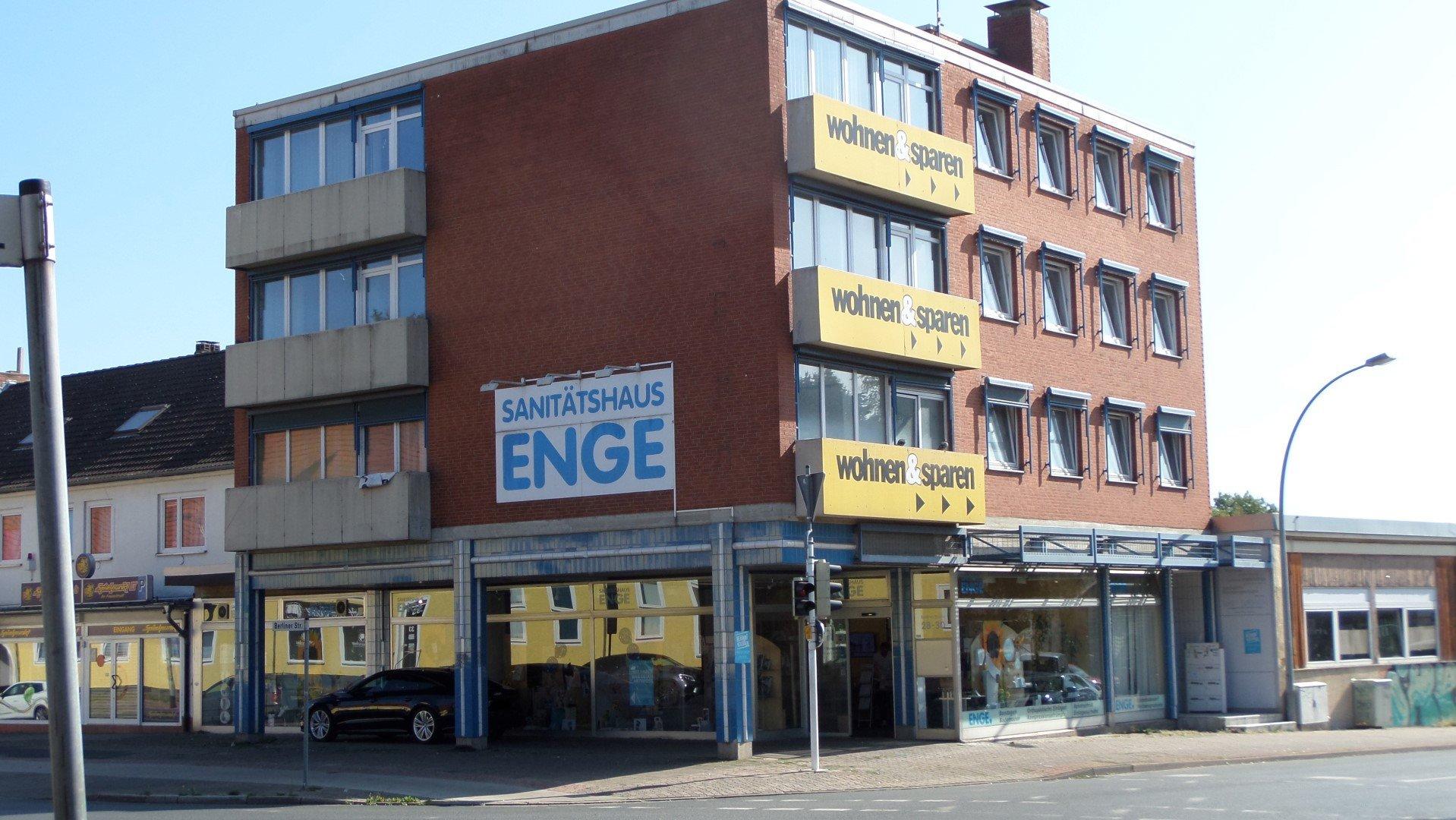 Großes Büro / Praxis in der Berliner Str.